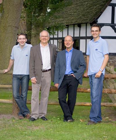 Laden ein zum Grillen: Frank Rabe (Stemwede) und Christoph Hartke (Rahden)