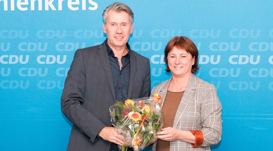 Dr. Bert Honsel zusammen mit der Rahdener CDU-Stadtverbandsvorsitzenden Bianca Winkelmann MdL